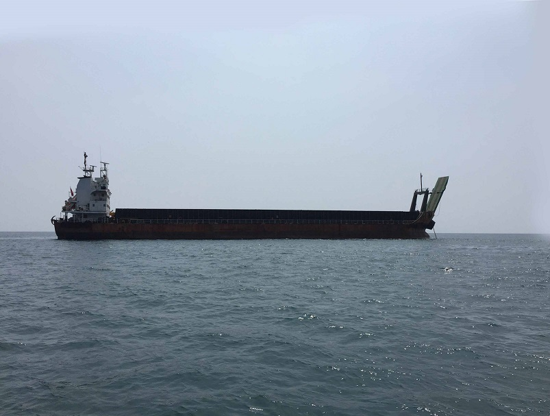 Barge LCT 103M, 10200 DWT, 2000, Ref C3798