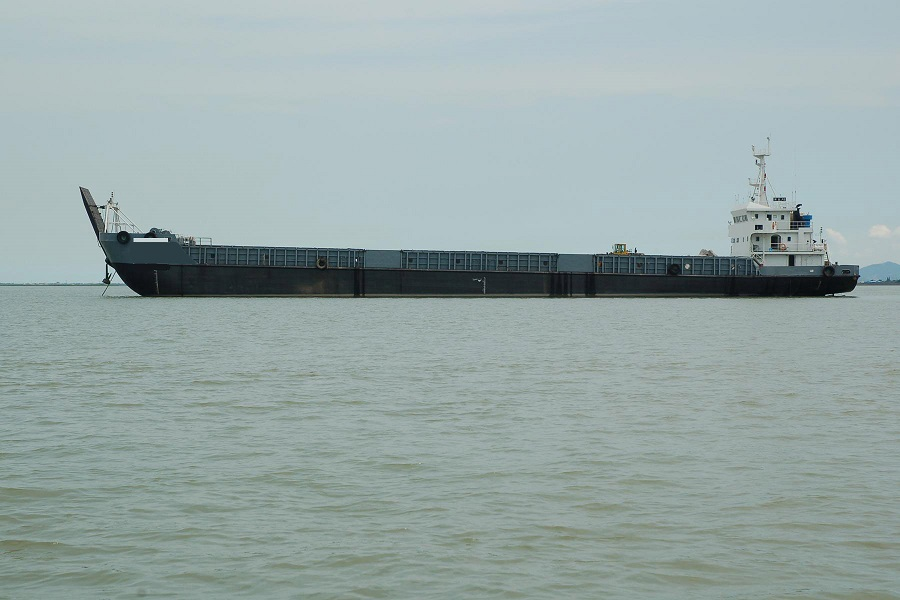 Barge LCT,302 FT, 6000 DWT, 2006, Ref C3898