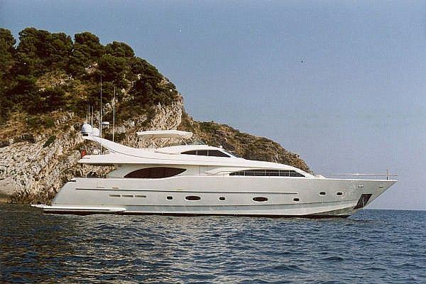Ferretti 94 Custom Line 2004 Ref 8840 Euro 3450000