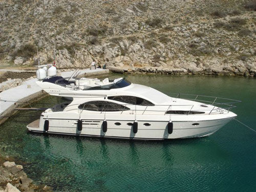 Azimut 46 Evolution, 14.93mt, 2007 Ref 8901. Click to enlarge