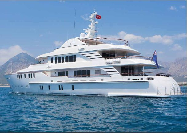 Mega Yacht, CMB, 5 bathrooms, LOA 46m, 2010, Ref YT8848