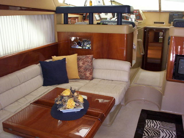 FERRETTI 150 FLY, 1994 Ref 9992. Click to enlarge